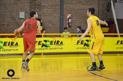 Basquet Bahiense - Bahiense del Norte derrotó a Estrella y mete el primer juego de semifinal.