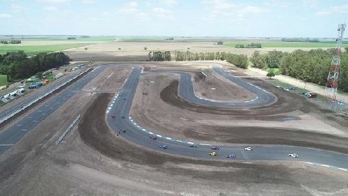 Categorías del Sudeste - San Cayetano inagura su autódromo asfaltado.