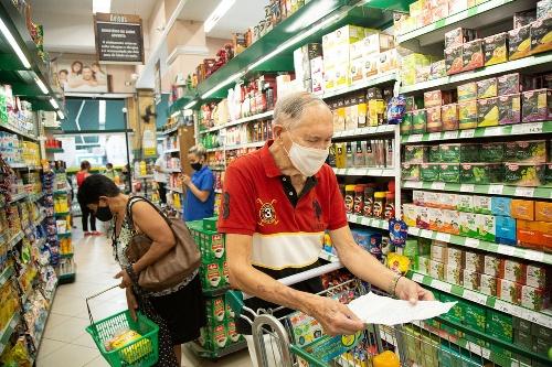 Una familia necesitó  $ 54.458  en enero para no caer en la pobreza, la canasta básica aumentó mas que la inflación