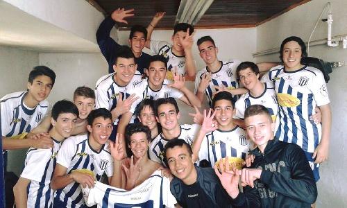 LRF - Inferiores - Tarde redonda para Club Sarmiento que ganó en las cuatro categorías y es finalista del Clausura.