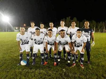 Copa Ciudad de Pigüé - Argentino y Peñarol ganaron en sus cotejos nocturnos.