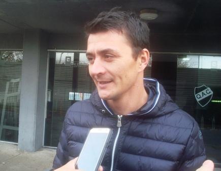 Nacional B - Leandro González es nuevo refuerzo de Quilmes.