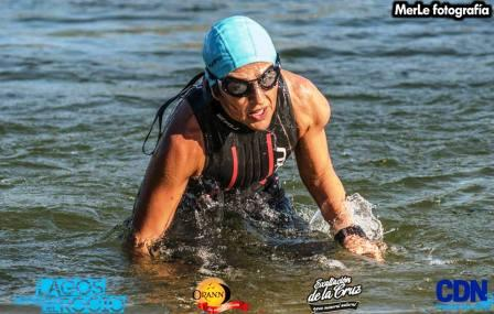 Patricia Gomez Sarlinga 1ra en maratón acuática con neoprene
