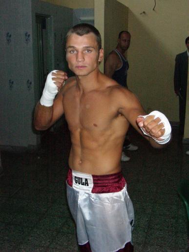 Boxeo - Abel Adriel reaparece el próximo sábado en Rauch.