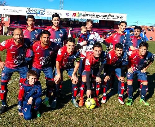 LRF - Peñarol goleó  a Deportivo Argentino  y se clasifica para los cruces finales.