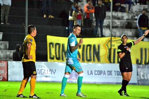 Copa Paraguay - Con dos goles de Marcos Litre, Santaní goleó a Sudamérica.