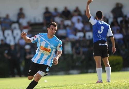 Nacional B - Juventud de Gualeguaychú cortó la racha de Brown de Madryn. Prost ingresó en el 2° tiempo.