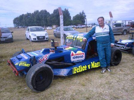 Categorías del Sudeste - Ruben Guarino es lider del campeonato del TC del 40.