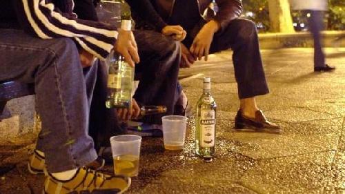 Alcohol. Las consecuencias de no hablar con tus hijos sobre el tema