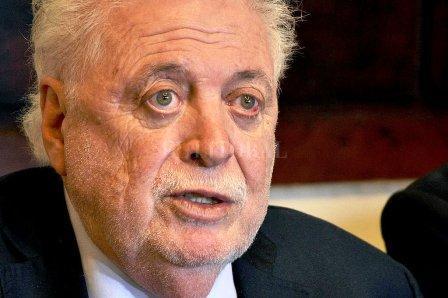 Ginés González Garcia manifestó creer que en agosto podría regresar el fútbol.