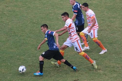 Nacional B - Juventud Unida venció en Posadas y sale de zona de descenso - Martín Prost titular.