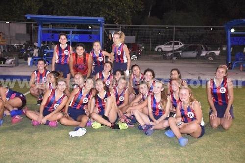 Hockey Femenino - Peñarol en Sub 16 recibe al CAI de Puán en el Parque Municipal.