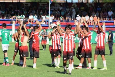 LRF - RESERVA - San Martín de Carhué venció a Unión de Tornquist y es finalista.