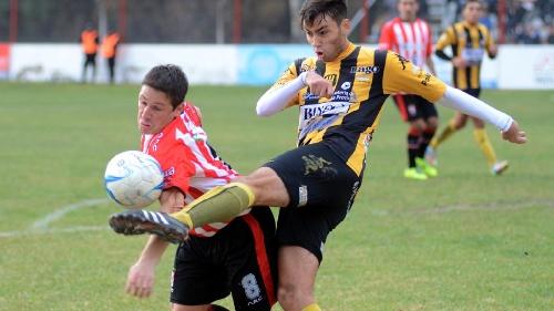 Liga del Sur - Derrota de Olimpo ante San Sinena - Jerónimo Balcarce titular en el aurinegro.