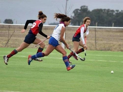 Hockey Femenino - Cef 83 goleó al Coronel Suárez Rugby & Hockey Club y es escolta.
