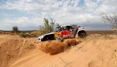 Loeb ganó la 11ra etapa del Rally Dakar y se mantiene la incógnita.