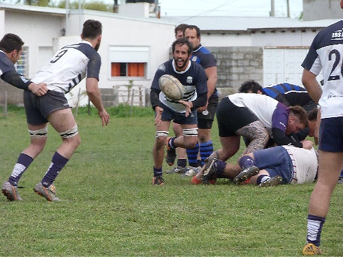 Rugby - Club Sarmiento cayó ante Pringles Rugby Club.
