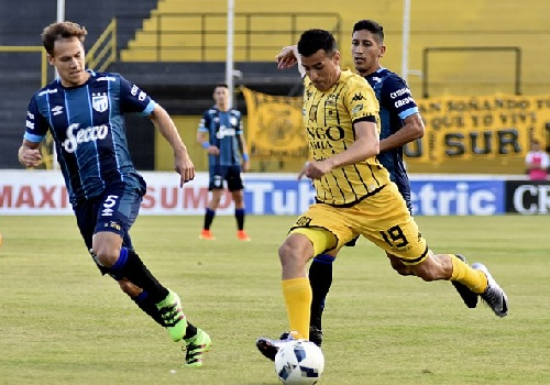 AFA - 1ra División - Con tres cambios y un debut Olimpo se apresta para su partido con Atlético Tucumán.