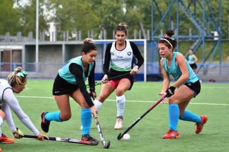 Hockey Femenino - Las Mayores del Sudoeste se presentaron ante Chaco.