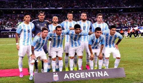 Futbol de Selección - Comienzan  las eliminatorias mundialistas - Argentina vs Ecuador