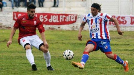 Liga del Sur - Verón y Otondo jugaron amistoso con el Globo ante Rosario Puerto Belgrano.