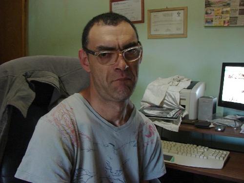 Sebastian Vaca asegura haber sido agredido por desconocidos y luego victima de abuso de autoridad en la Comisaría local