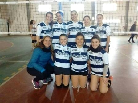 Voley Femenino - Club Sarmiento subcampeón Sub18 en Pringles.