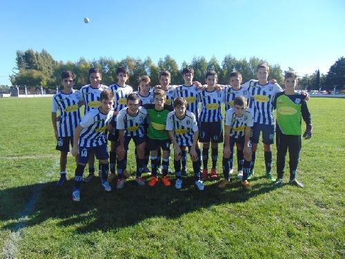 LRF - Inferiores - Sarmiento y Peñarol se enfrentaron en todas las categorías con dos empates, una victoria y una derrota para cada uno.