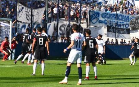 1ra Nacional - Quilmes con Leo González igualó como local ante Riestra.