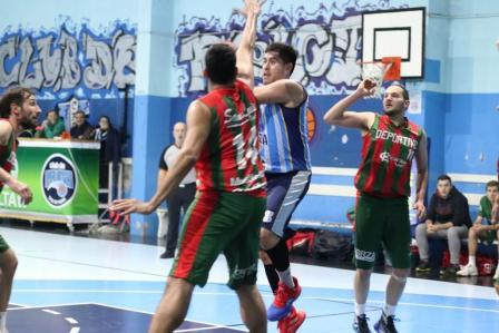 Basquet Tres Arroyos - Damian Palma anotó 4 puntos en la victoria de Deportivo Sarmiento.