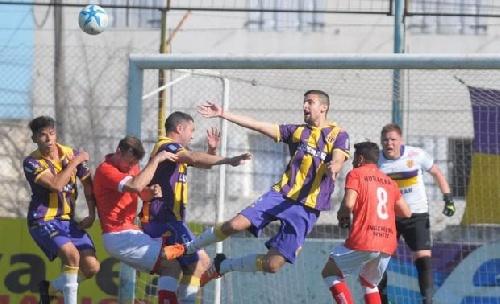 Liga del Sur - Villa Mitre derrotó a La Armonía y Huracán cayó con Tiro Federal.