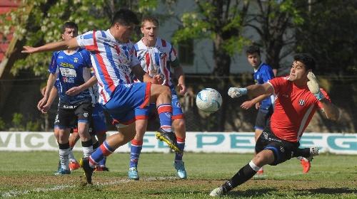 Liga del Sur - Liniers con Facundo Lagrimal venció al puntero Rosario Puerto Belgrano.