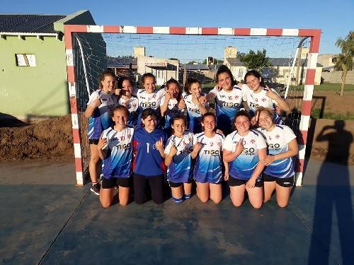 Handball Femenino - Cef 83 en Cadetes y en Menores se proclamaron campeones del Torneo de la Asociación.