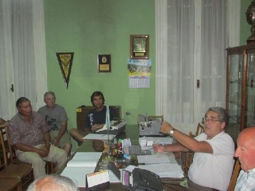 LRF - Las novedades de la reunión del día lunes en la liga suarense.