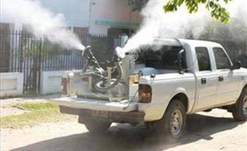 Fumigación en el Parque Municipal