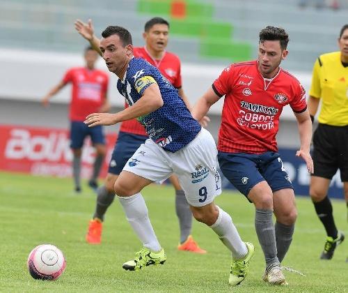 Futbol Boliviano - Martín Prost, titular y capitán en el equipo de Sport Boys
