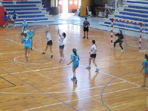 Handball Femenino - Actividad del Combinado de la Región del Sud Oeste en General Alvear.
