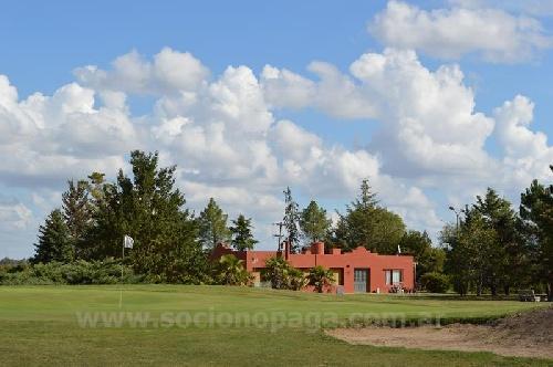 Golf - Golfistas locales y suarenses dieron comienzo al Interclubes.