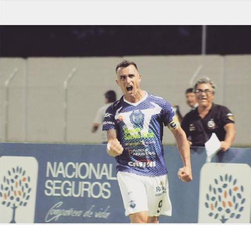 Fútbol Boliviano - Martín Prost marcó un gol en la victoria ante el puntero San José.