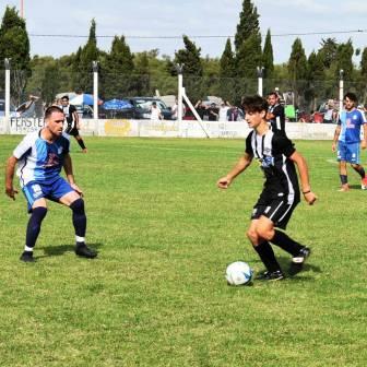 LRF - Joaquín Salvi marcó el empate en el clásico puanense.