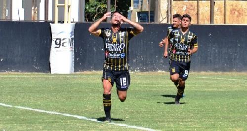 AFA - División Reserva - Olimpo de Bahía Blanca derrotó a Colón en Santa Fe - Nicolas Cabral formó parte del banco de suplentes.