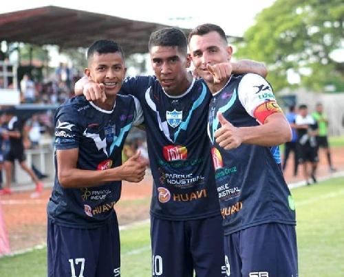 Futbol Boliviano - Martín Prost convirtió un gol en el empate ante Royal Pari.