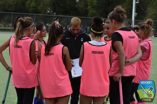 Hockey Femenino - El Sub 16 de la Federación ultima detalles para el Regional.