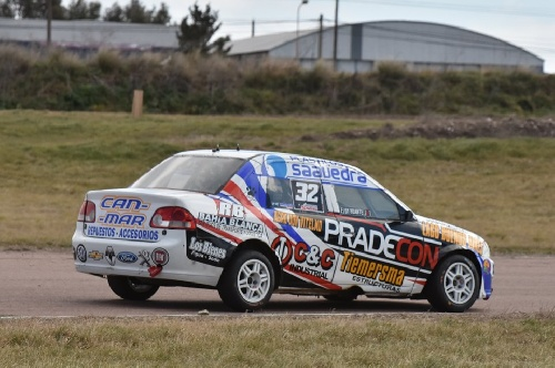 Turismo Regional - Eloy Huarte se consolida en el campeonato.