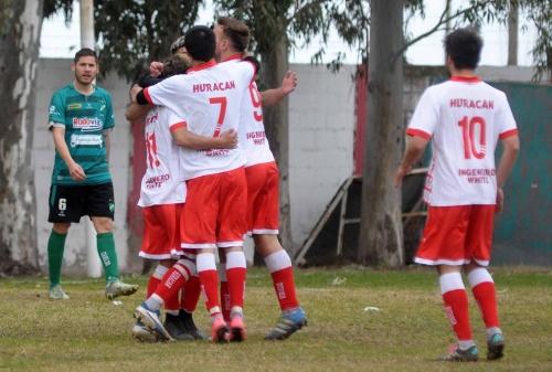 Liga del Sur - Huracán con Eric Verón goleó a Pacífico de Cabildo.