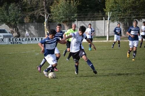 LRF - Deportivo Argentino y Club Sarmiento dirimen su clasificación