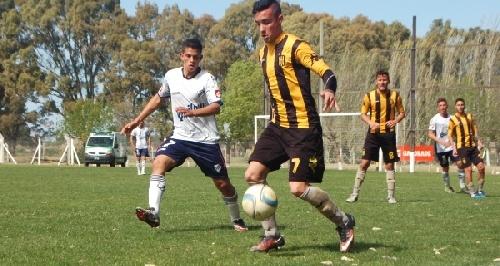Afa - Inferiores - Balcarce en quinta y Cabral en sexta, las presencias pigüenses en las inferiores de Olimpo, ante Quilmes Athletic Club.