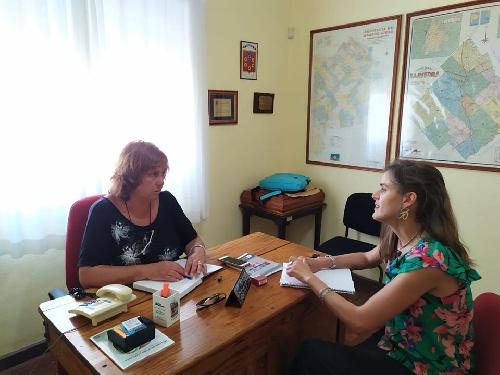 Espartillar: La Delegada Municipal  se reunió con la Secretaria de Desarrollo Social y Comunitario