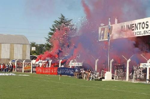 LRF - Con una nueva edición del clásico Peñarol vs Sarmiento se prepara el inicio de una nueva fecha del futbol liguista.