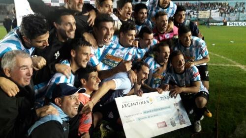Copa Argentina - Juventud Unida con Martín Prost eliminó a Vélez Sarsfield por penales y pasa a octavos de final.